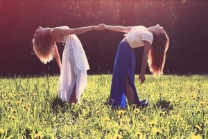 Menstrual synchrony theory – Will women's periods sync up?