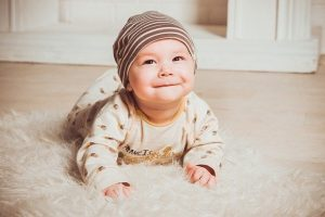 Is Your Baby Sucking The Bottom Lip? Why They Do It & What To Do